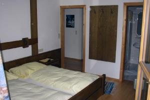 Doppelzimmer Nr. 32_1