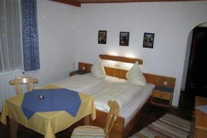 Mehrbettzimmer Nr. 25_6